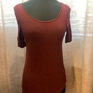 Buy 2 items for $10 H&M basics scoop neck tee